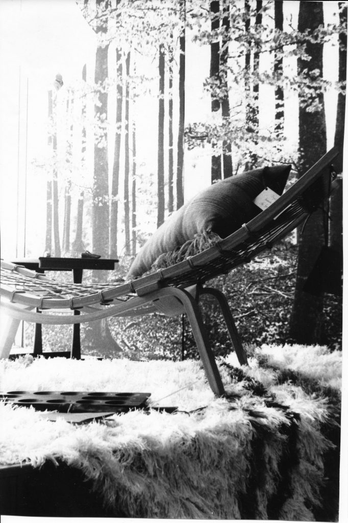 Hans Wegner designed chaise sold in Gaslight Village will be on display.