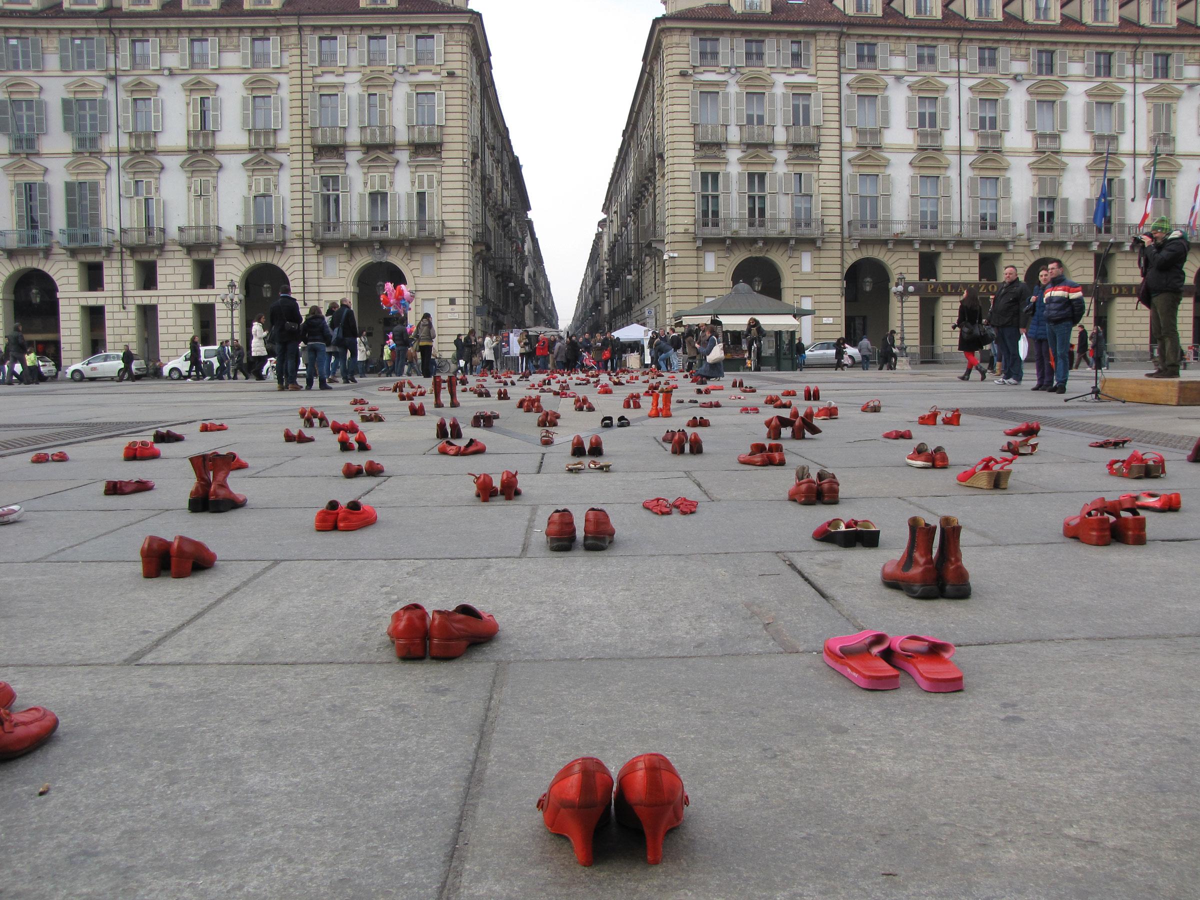 Los Zapatos Rojos in Turin, Italy, 2013