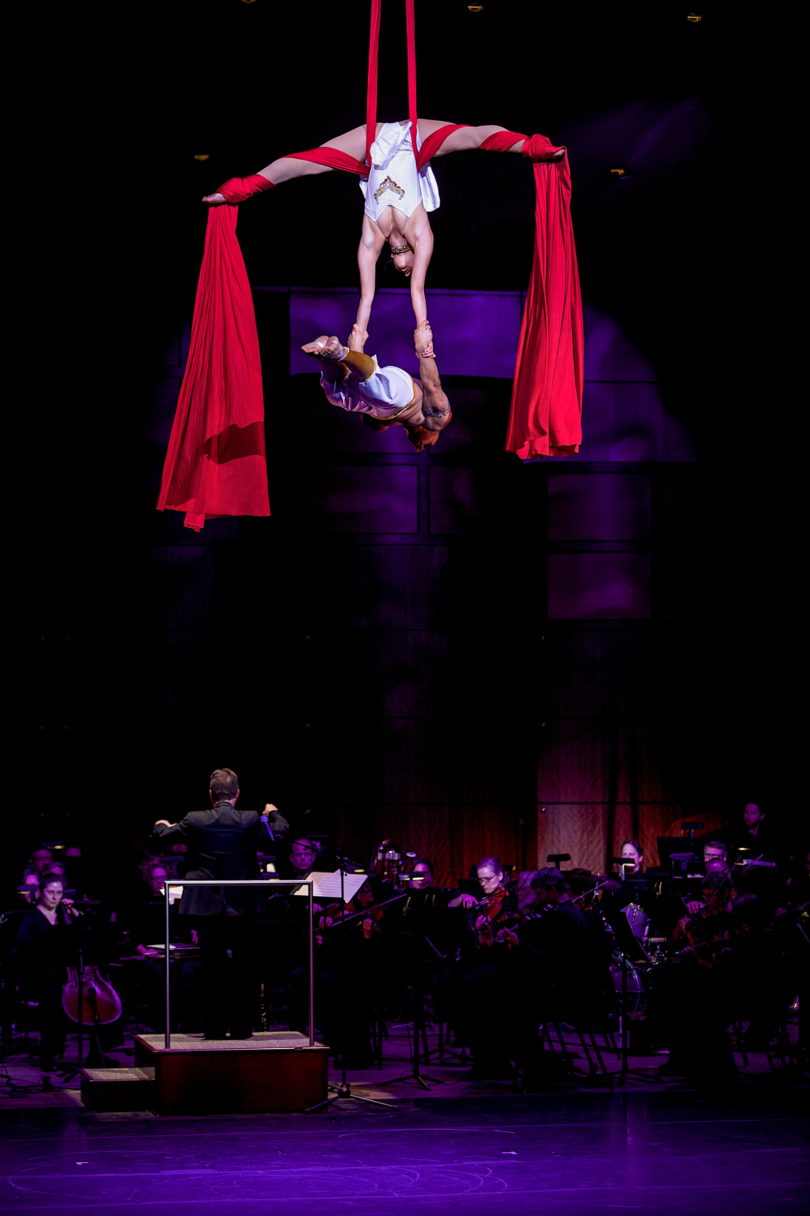 Grand Rapids Symphony presents Old National Bank Cirque de Noel. Photo by Terry Johnston