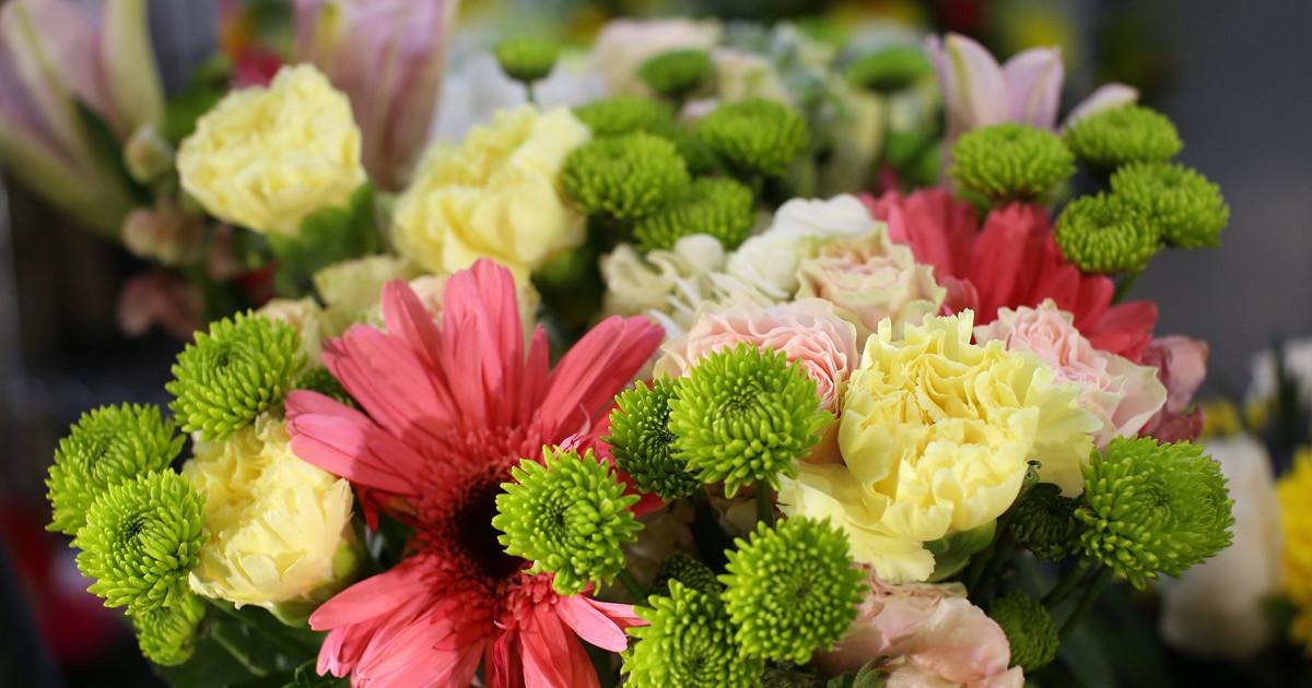 flowers Pulp & Stem Downtown Market
