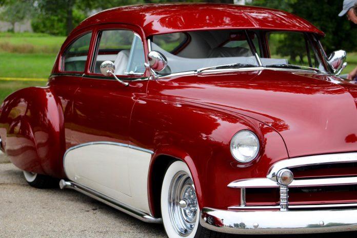 Cruise-In Benefit classic car