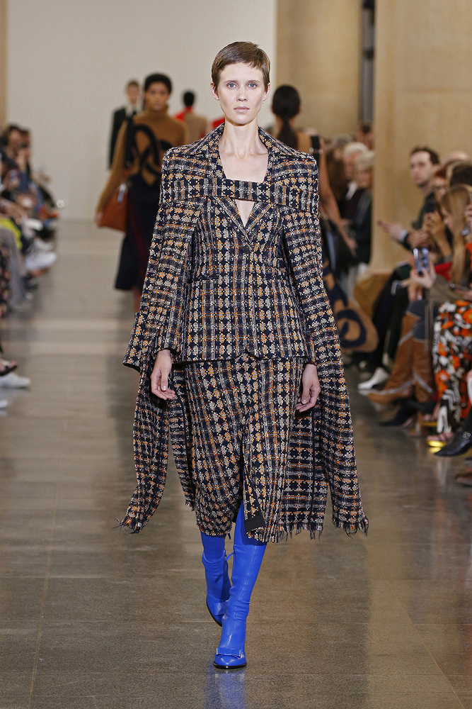 female model in tweed at Victoria Beckham's fall 2019 runway show